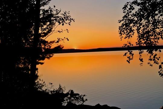 Закат над озером Руунаа