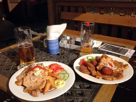 Обычный обед велопутешественника по Чехии