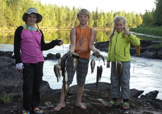 Удачная рыбалка. Поход с детьми. Охта