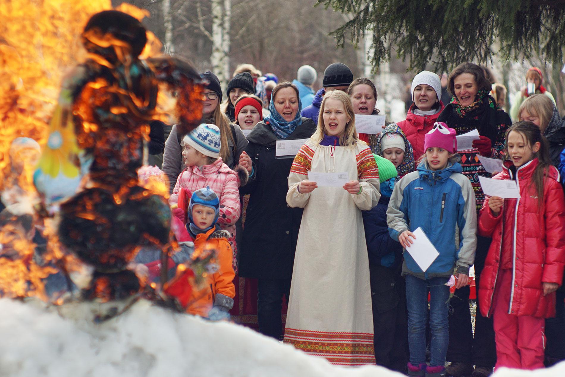 Гори-гори ясно! Детская Масленица ПоХодуДела.ру