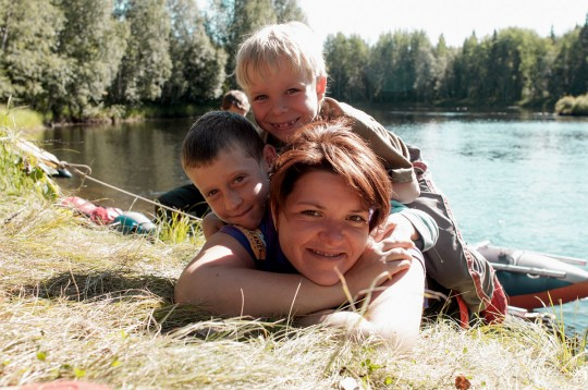 Катя с мальчишками. Кереть