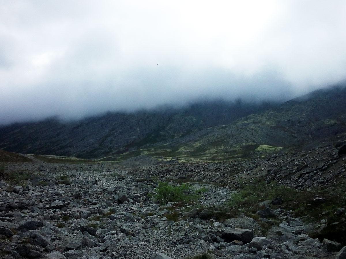 Облака накрыли горы