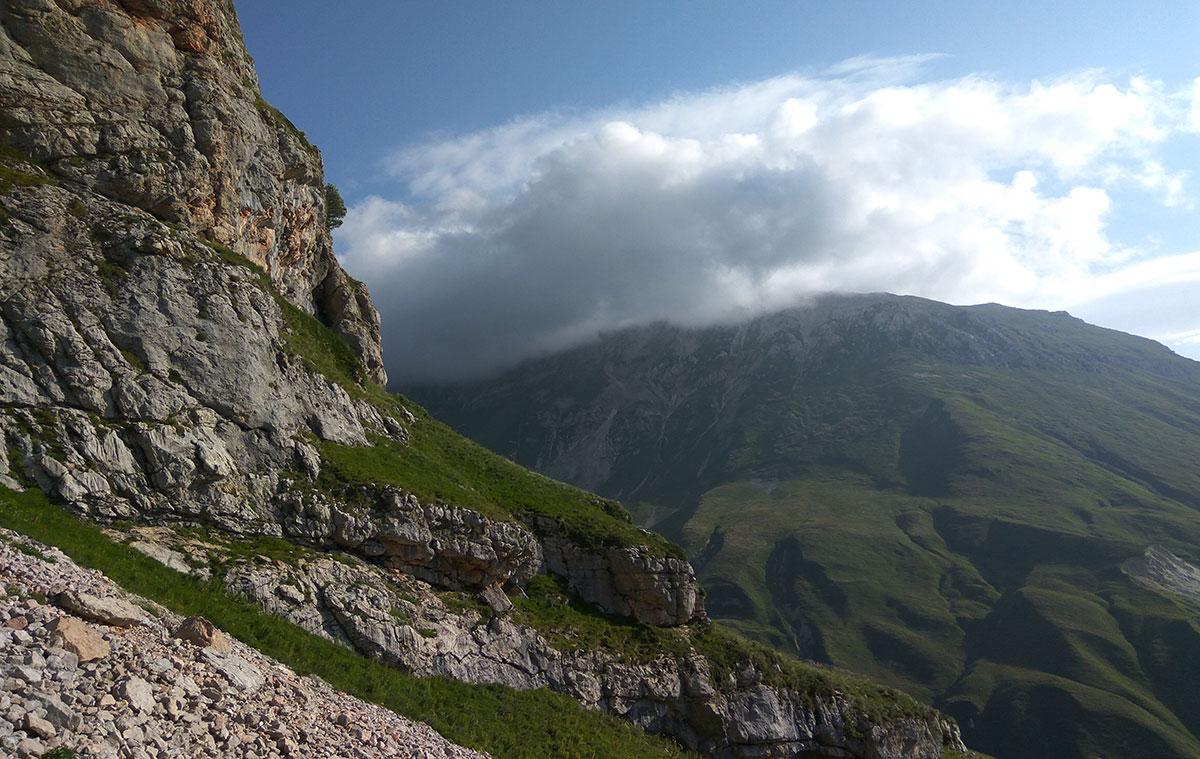 Вид на Оштен от Красных скал. ПоХодуДела.ру